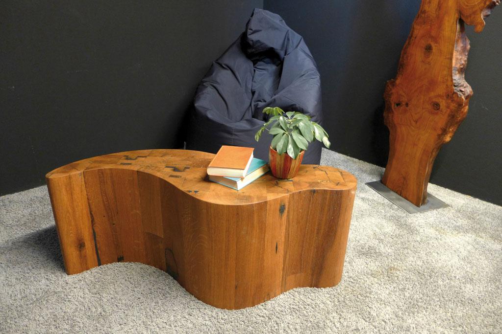 esstische und couchtische massivholz schreinerei gruler in aixheim. Black Bedroom Furniture Sets. Home Design Ideas