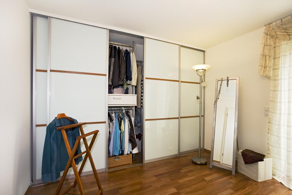 schiebet ren als zimmert r und raumteiler schreinerei gruler in aixheim trossingen. Black Bedroom Furniture Sets. Home Design Ideas