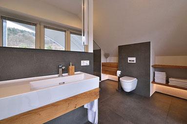 Badezimmer Sanieren Und Renovieren Schreinerei Gruler In Aixheim